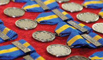 peut on porter une medaille plusieurs fois cumulative