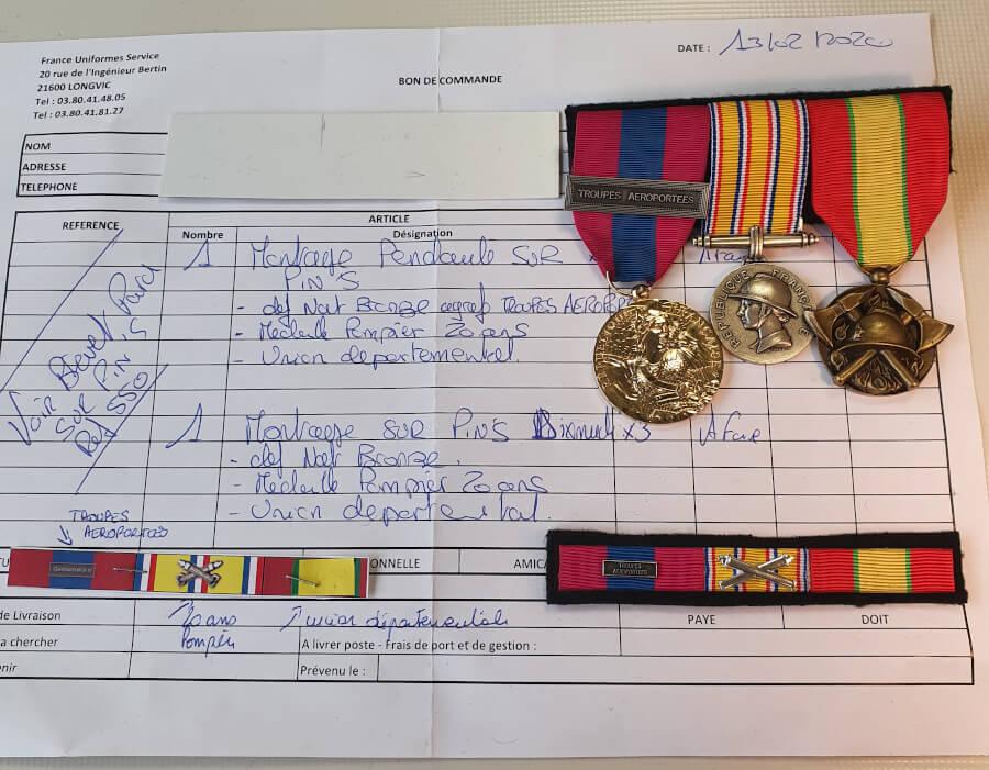 preparation montage medaille sapeur-pompier pendante
